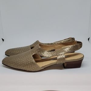 Connie Gold Woven Sandals - 8